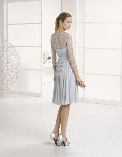 Vestido corto tableado