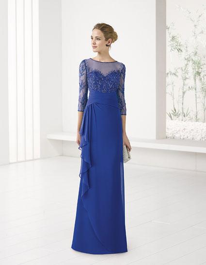 Vestido-largo-cuerpo-azul-bordado
