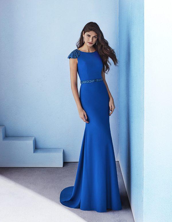 Vestido largo espalda decorada
