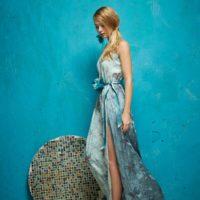 Vestido estampado y bordado